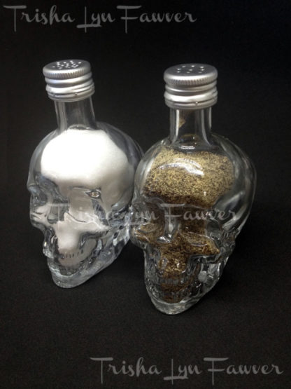 Mini Skull Salt & Pepper Shakers