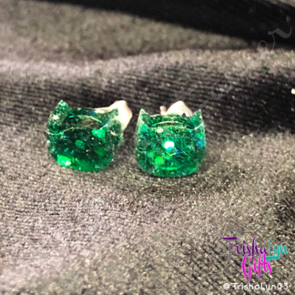 Resin Kitty Earrings in Green Glitter